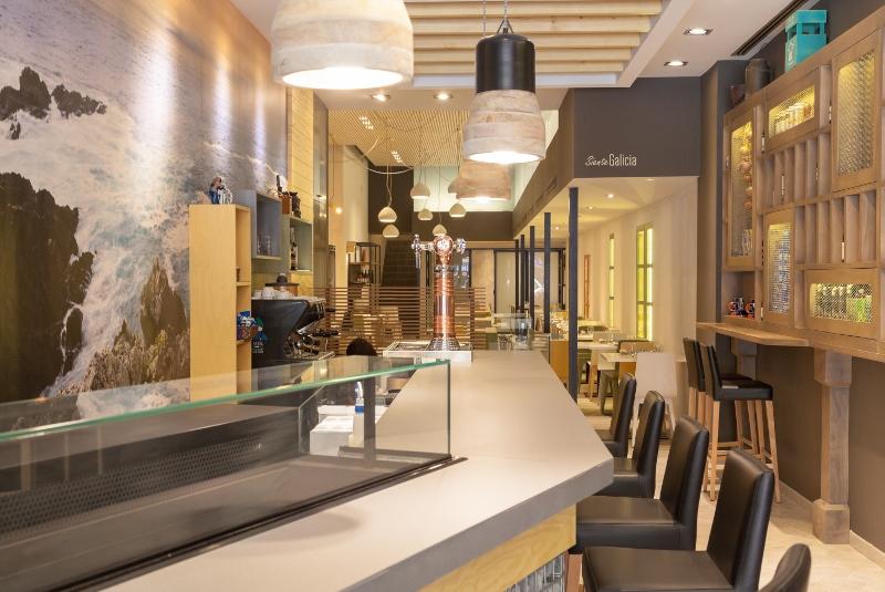 """Restaurante La Barra de Rías Gallegas –  Valencia """"Interiorismo con Personalidad Propia"""""""